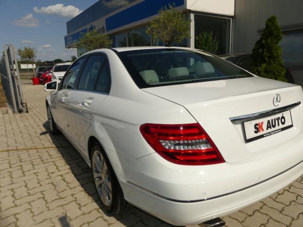 Mercedes C220CDi  Avantgarde,Led,Bi Xenon,Bőr,Navi