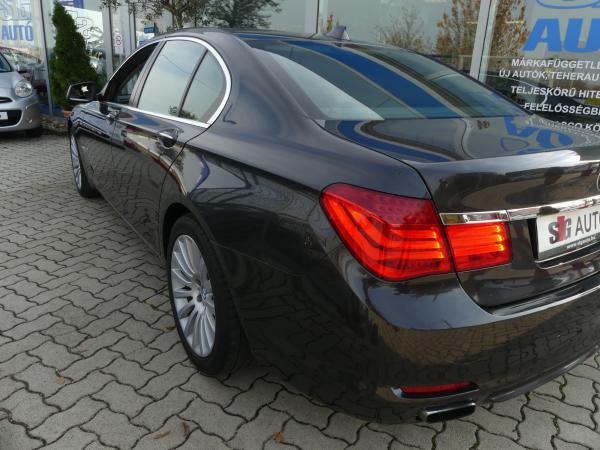 BMW 740xd (Automata) Head.360 Kamera.AJ.Szervo.FULL