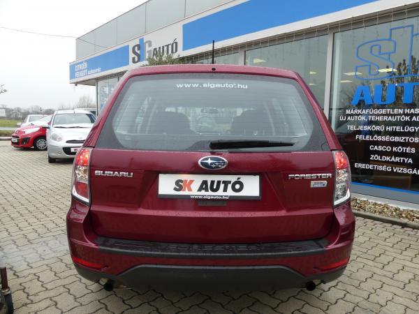Subaru Forester 2.0D Exclusive,Szerviz Kő,Xenon,Tempomat