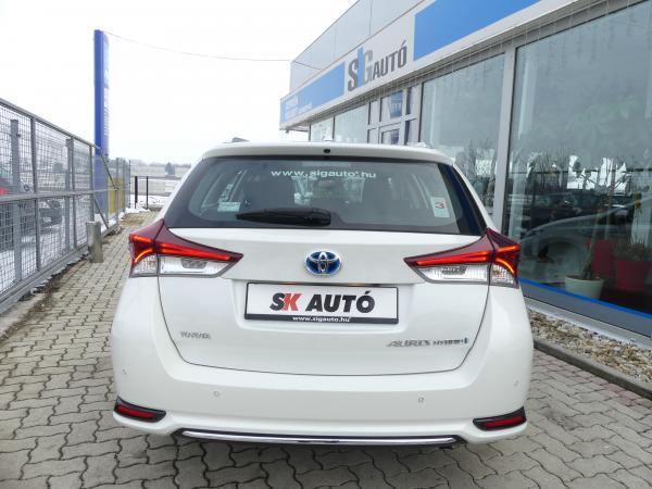 Toyota Auris 1.8HSD Executive Automata,LED,Navi