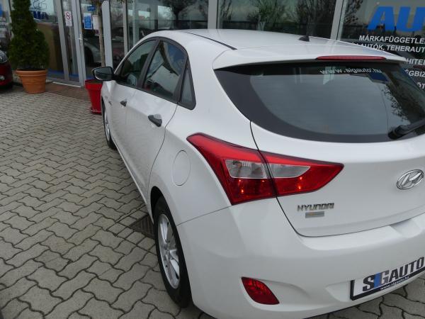 Hyundai I30  1.4 Mpi  Sport,Led,Klima,