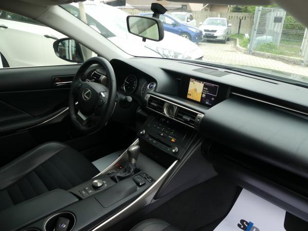 Lexus IS300h Navi,Bőr, Aut,D.Klima x 2 Led,Navi,Kamera
