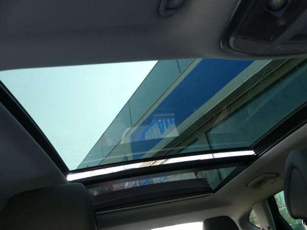 Hyundai Tucson 2.0Crdi Exexutive,4WD,Pan.Te,Kamera,Navi,Full-Full
