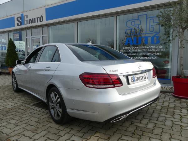 Mercedes Benz E220 BlueTEC 9G-Tronic Led,ŰVEG.Te,Navi,PDC