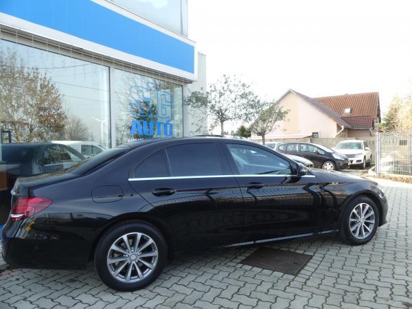 Mercedes-Benz E220d 9G-Tronic,Kamera,Navi,Bőr, Ülésfűtés.Park,As