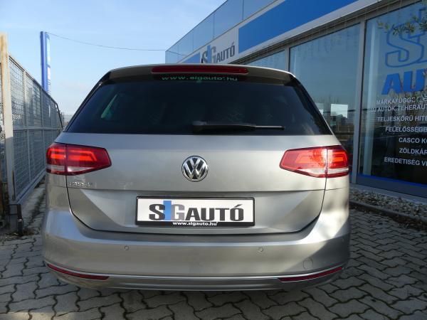 Volkswagen Passat VIII 2.0TDi DSG Park,As,Navi,Led,Kőv R