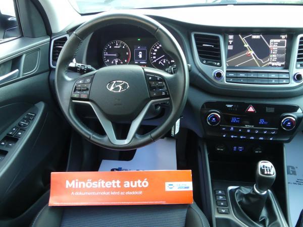 Hyundai Tucson 1.7CRDi Premium,Kamera,Led,Navi,D.Klima,ŰL.Fű