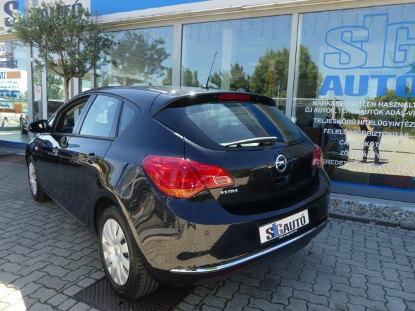 Opelk Astra J 1.6 ,Tempomat,Sport,Klima
