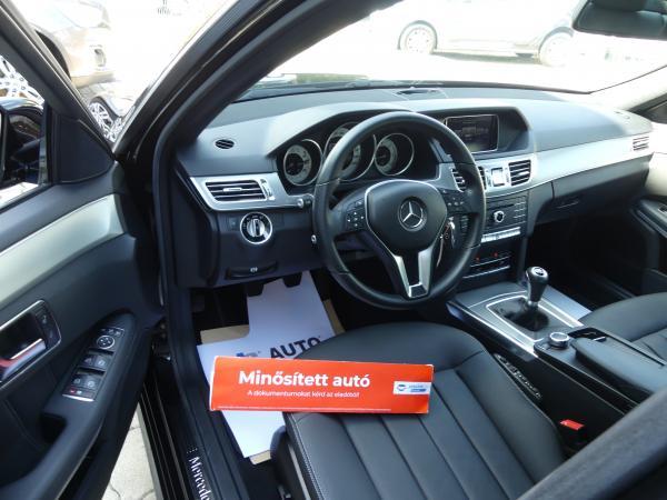 Mercedes-Benz E 200 BLueTEC Avantgarde,Led,Navi,D.KLima,ŰL,Fű,Bőr