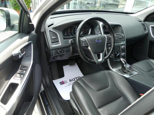Volvo XC60 2.0D (D4) Momoentum  Led,Navi,D.Klima,17